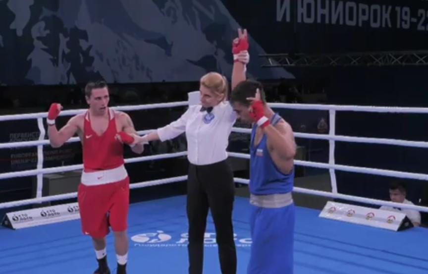 Боян Асенов си гарантира медал от Европейското по бокс до 22 г.