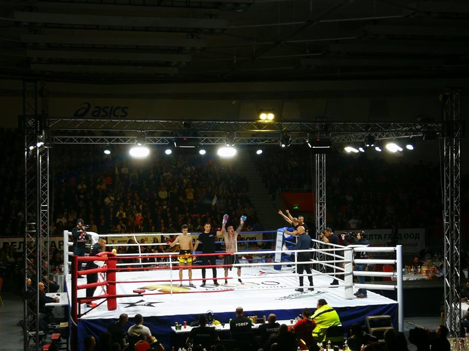 Симеон Наковски с трудна победа на GRAND FIGHT ARENA
