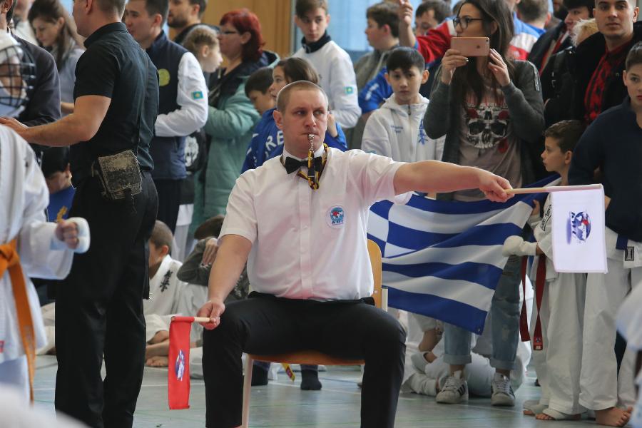 Европейското на KWU за деца със силно българско присъствие при съдиите