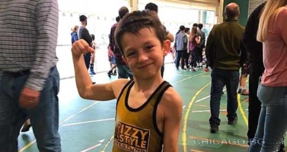 Българче доминира на състезания по борба в САЩ