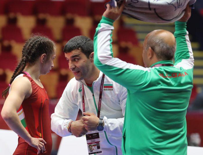 Шест българки на тепиха в Букурещ днес, три излизат за титла