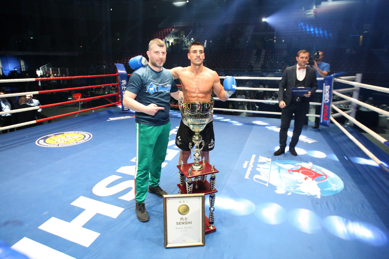 Атанас Божилов завоюва световната титла на WAKO PRO