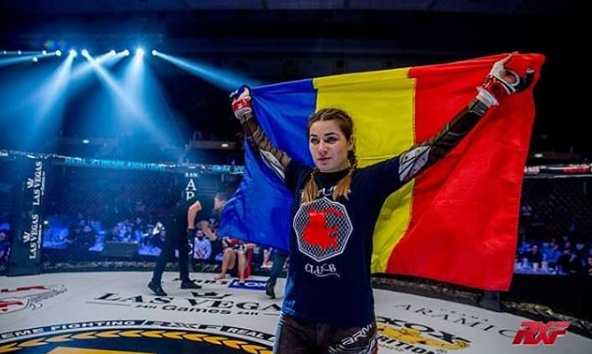 Румънската принцеса-войн влезе в UFC
