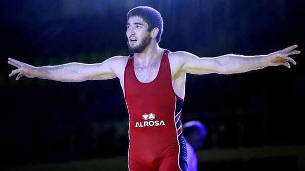 Световен шампион по борба с отнети права заради допинг