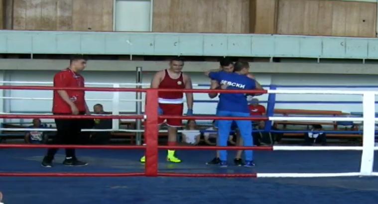 Ясни са първенците от Държавния личен шампионат по бокс за юноши