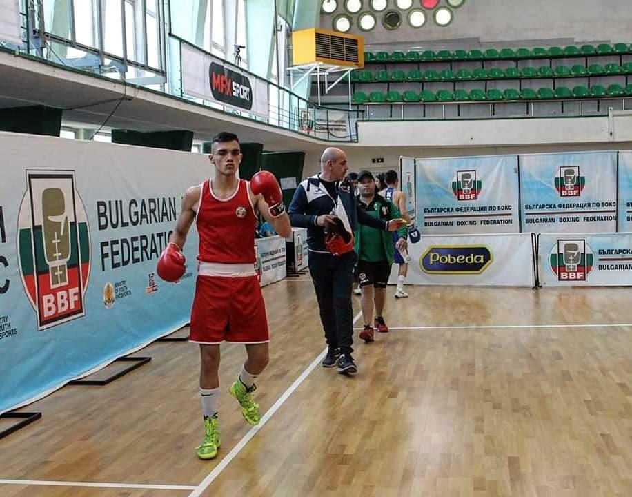 Двама наши юноши стигнаха полуфиналите на Европейското по бокс
