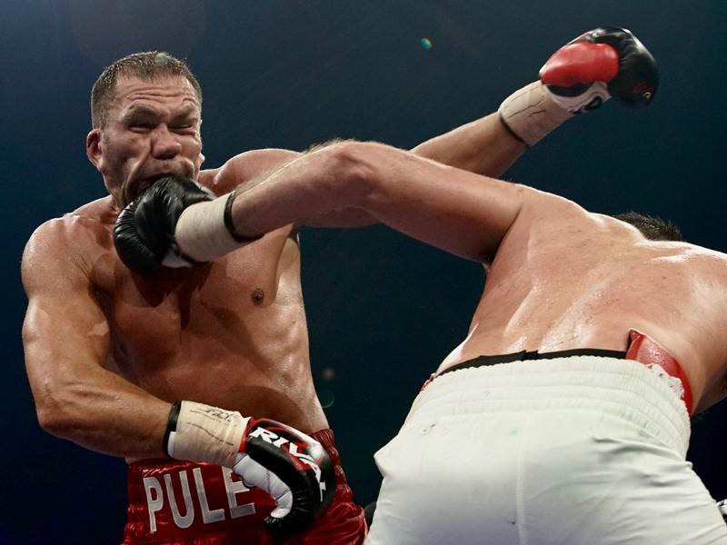 Удар по амбициите на Пулев за световната титла