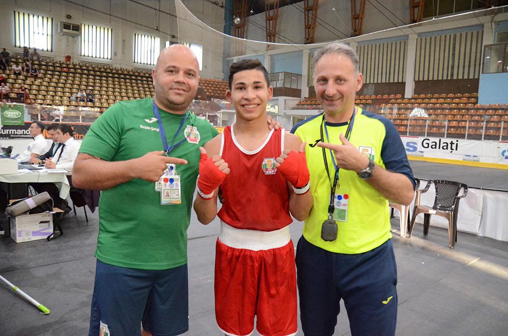 Трети българин на полуфинал на Европейското по бокс в Галац