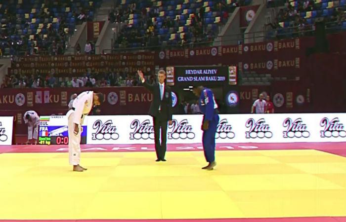 Ивайло Иванов започна с победа участието си в Баку
