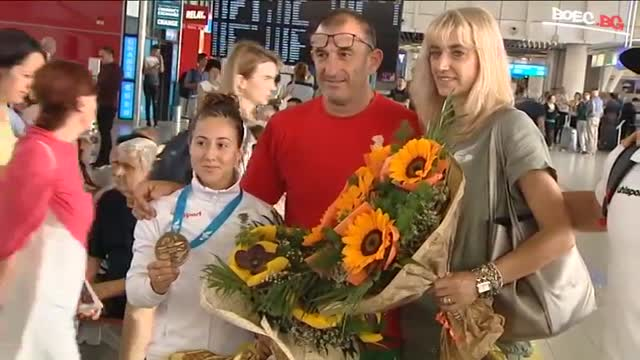 Самбистите се прибраха доволни от Беларус (ВИДЕО)