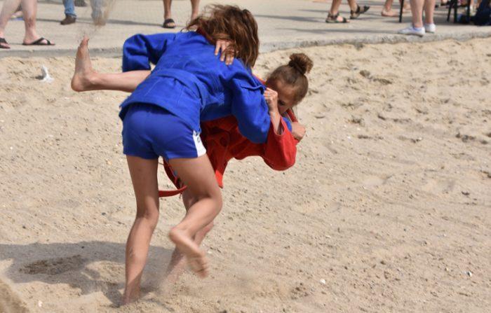 Украинският самбо шампионат на плаж с рекорден брой участници
