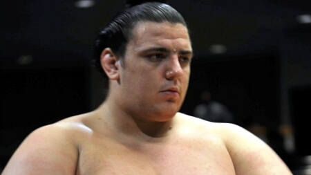 Аояма остана единственият българин в японското сумо