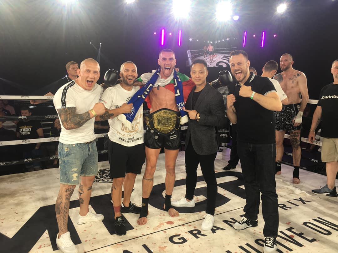 Даниел Илиев с категорична защита на европейската си титла (ВИДЕО)