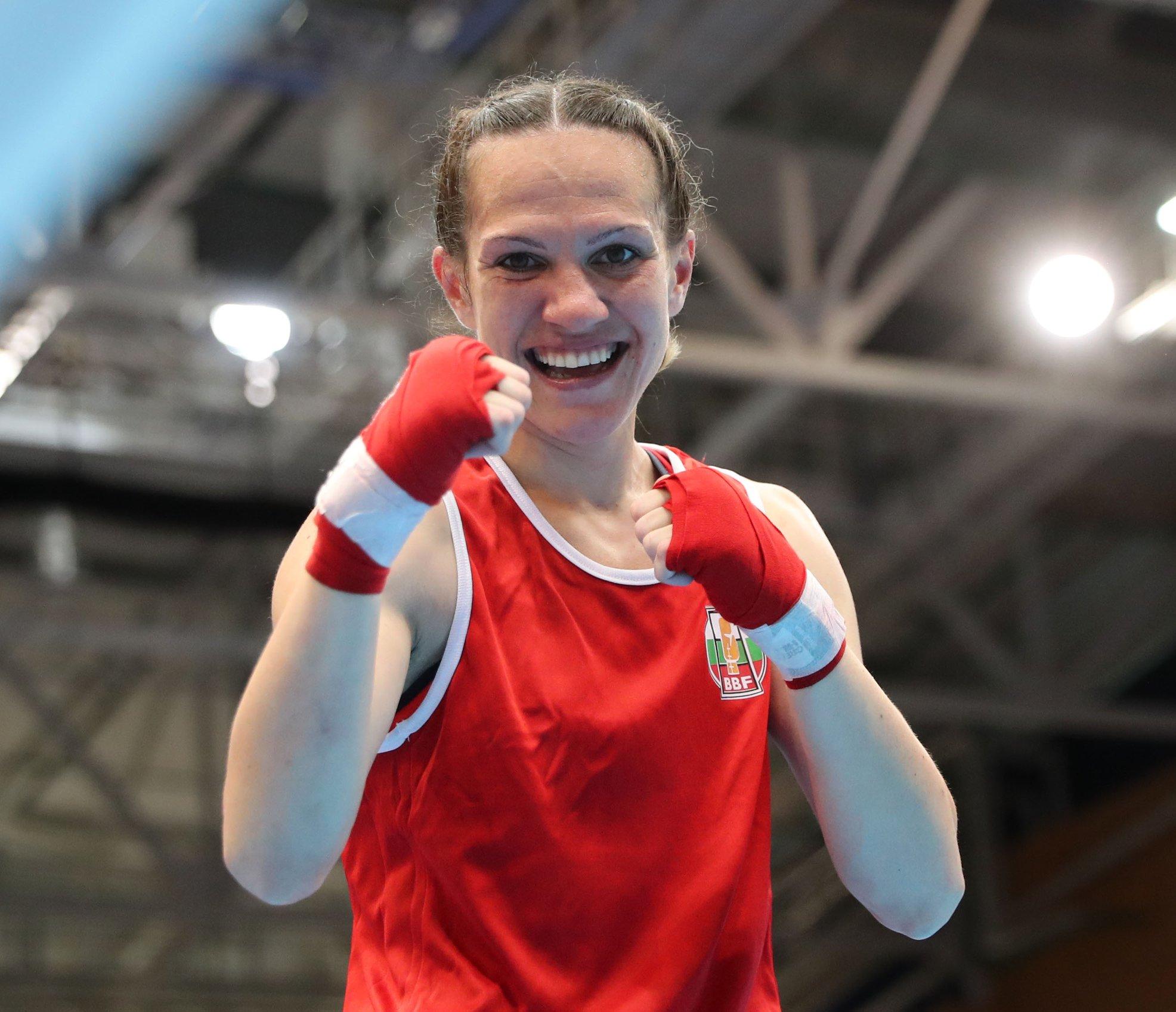 Злато за Станамира Петрова!