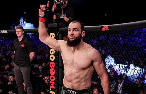 Двойният шампион на ACA отива в UFC