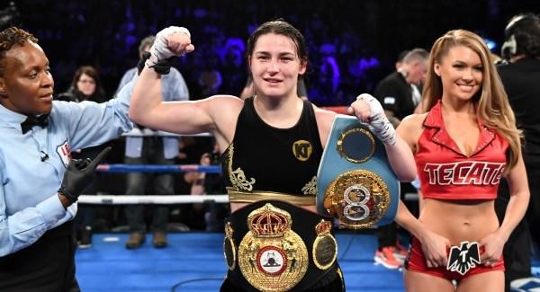 Кати Тейлър влезе в историята на бокса след спорна победа