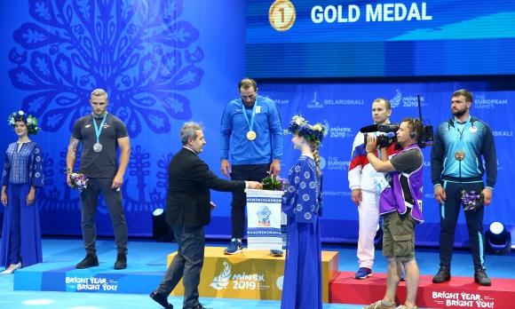 Белчо Горанов връчи медалите на самбистите в Минск