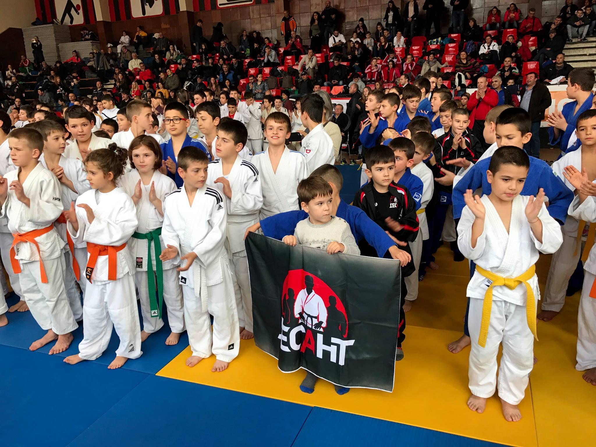 Засилен интерес към международен турнир по джудо във Варна