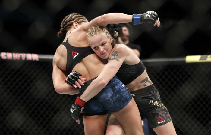 Бойците от UFC Уругвай лице в лице (ВИДЕО)