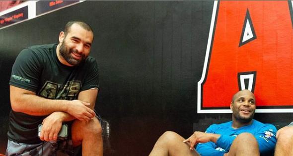 Кормие тренира с Багата за реванша с Миочич