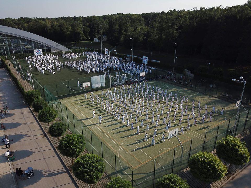 """Над 400 каратисти от 18 страни ще се бият за отличия на първата Световна купа """"Варна"""" по киокушин в Камчия"""