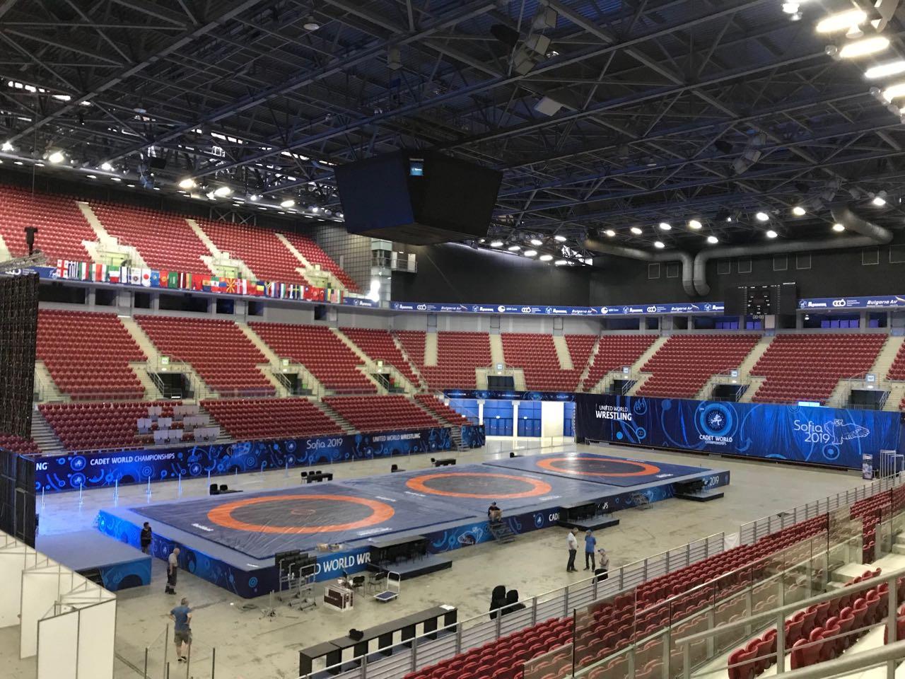 Свободняците откриват олимпийската квалификация в София