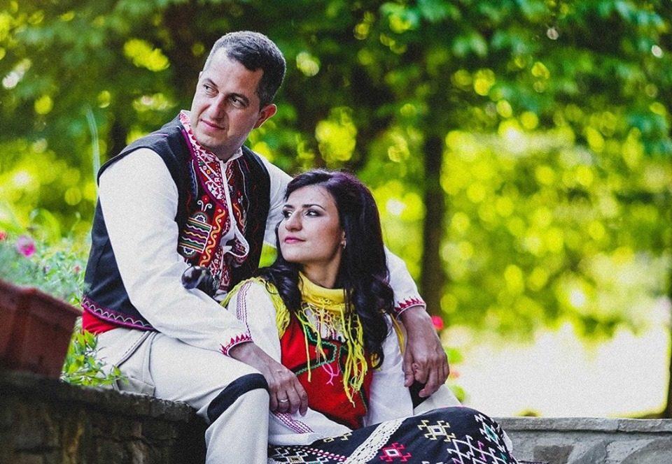 Стойка Петрова вдигна автентична българска сватба (СНИМКИ)