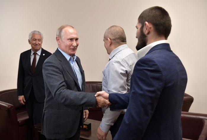 Хабиб и баща му отново се срещнаха с Владимир Путин (ВИДЕО)