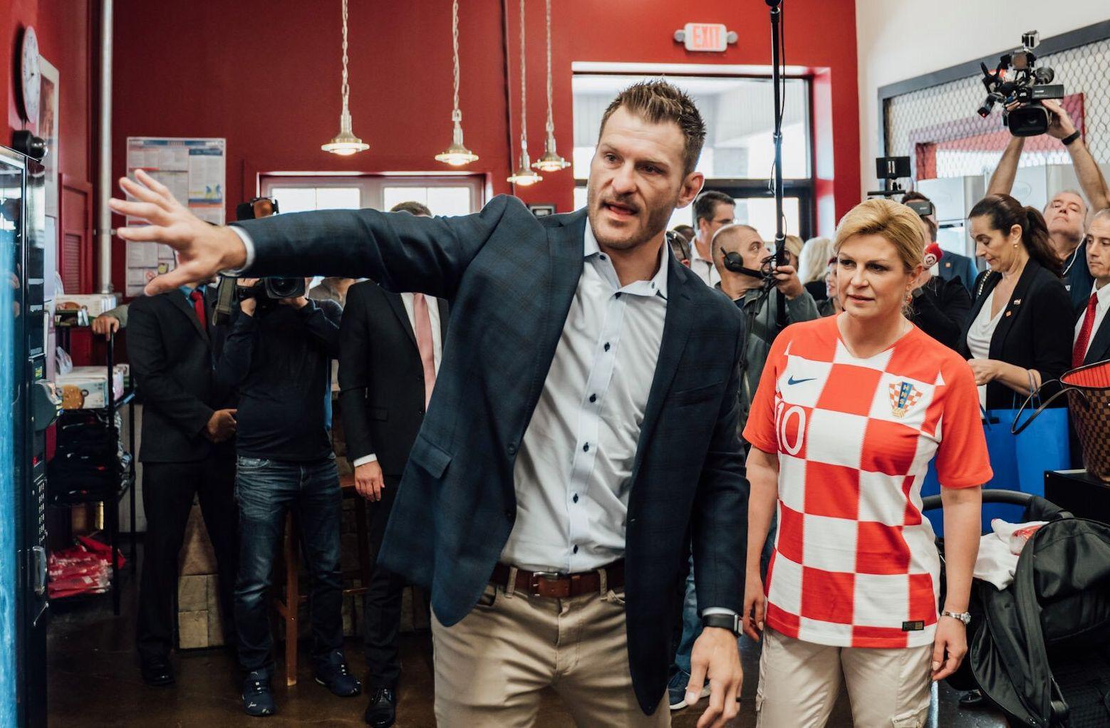 Хърватският президент впечатли Стипе Миочич в тренировка (СНИМКИ)