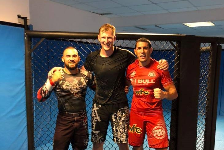 Александър Волков тренира с български бойци (СНИМКИ)