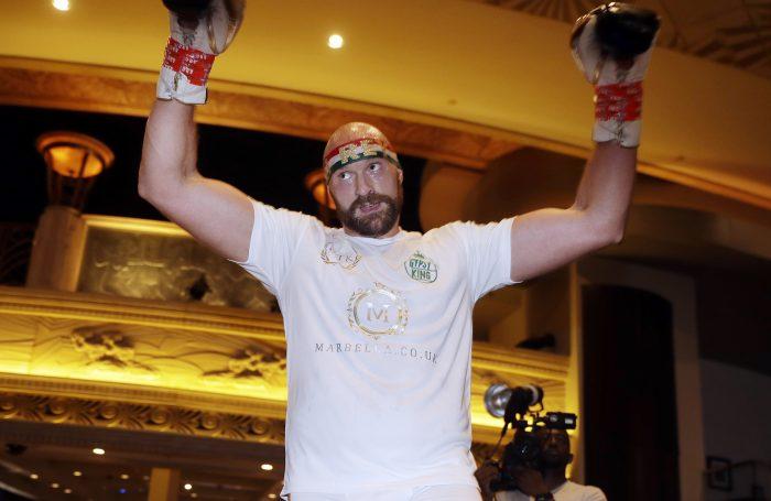Фюри готов да громи в UFC: Шампионът Миочич да заповяда