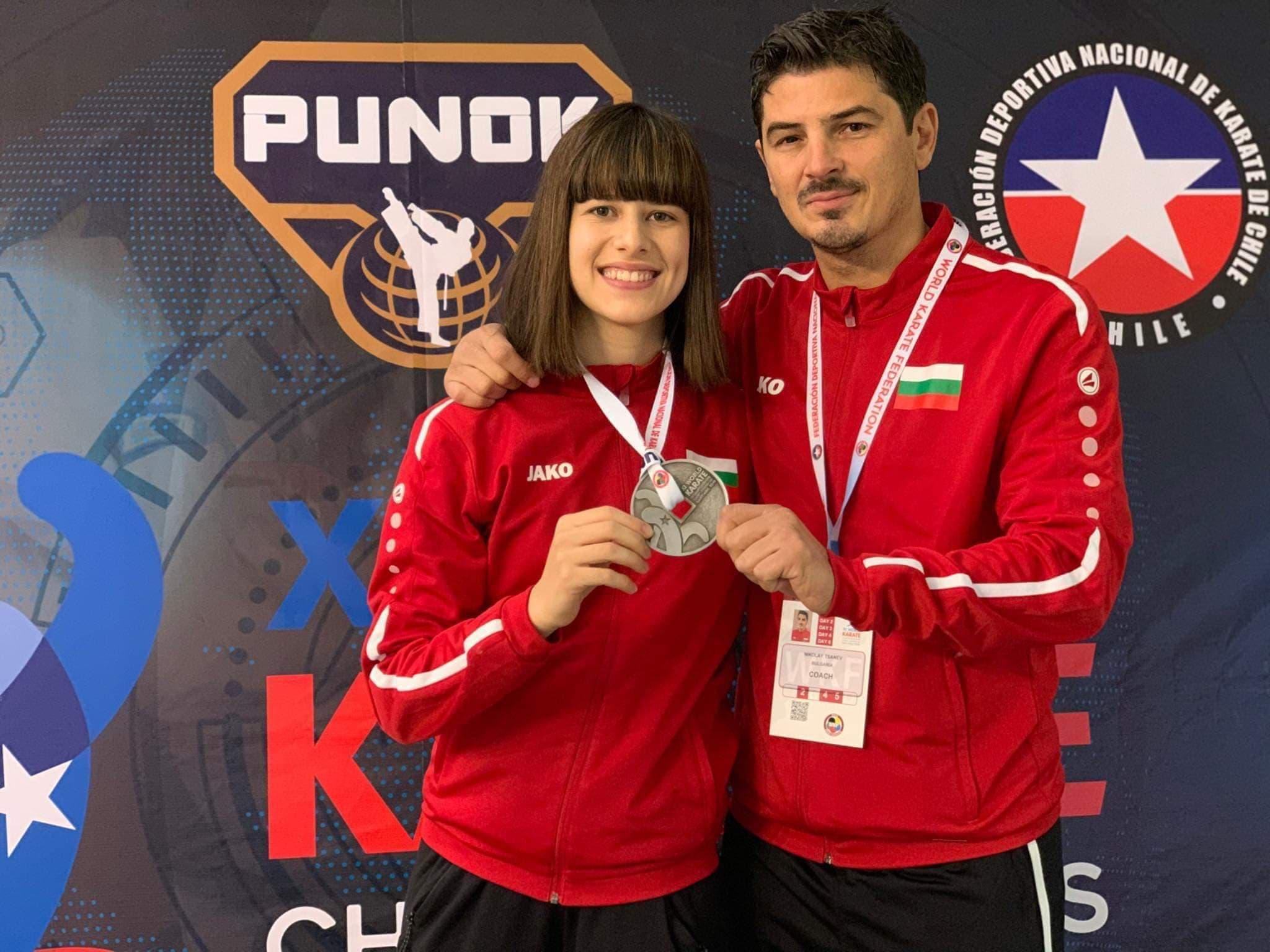 Ивана Каменова отново с второ място в света