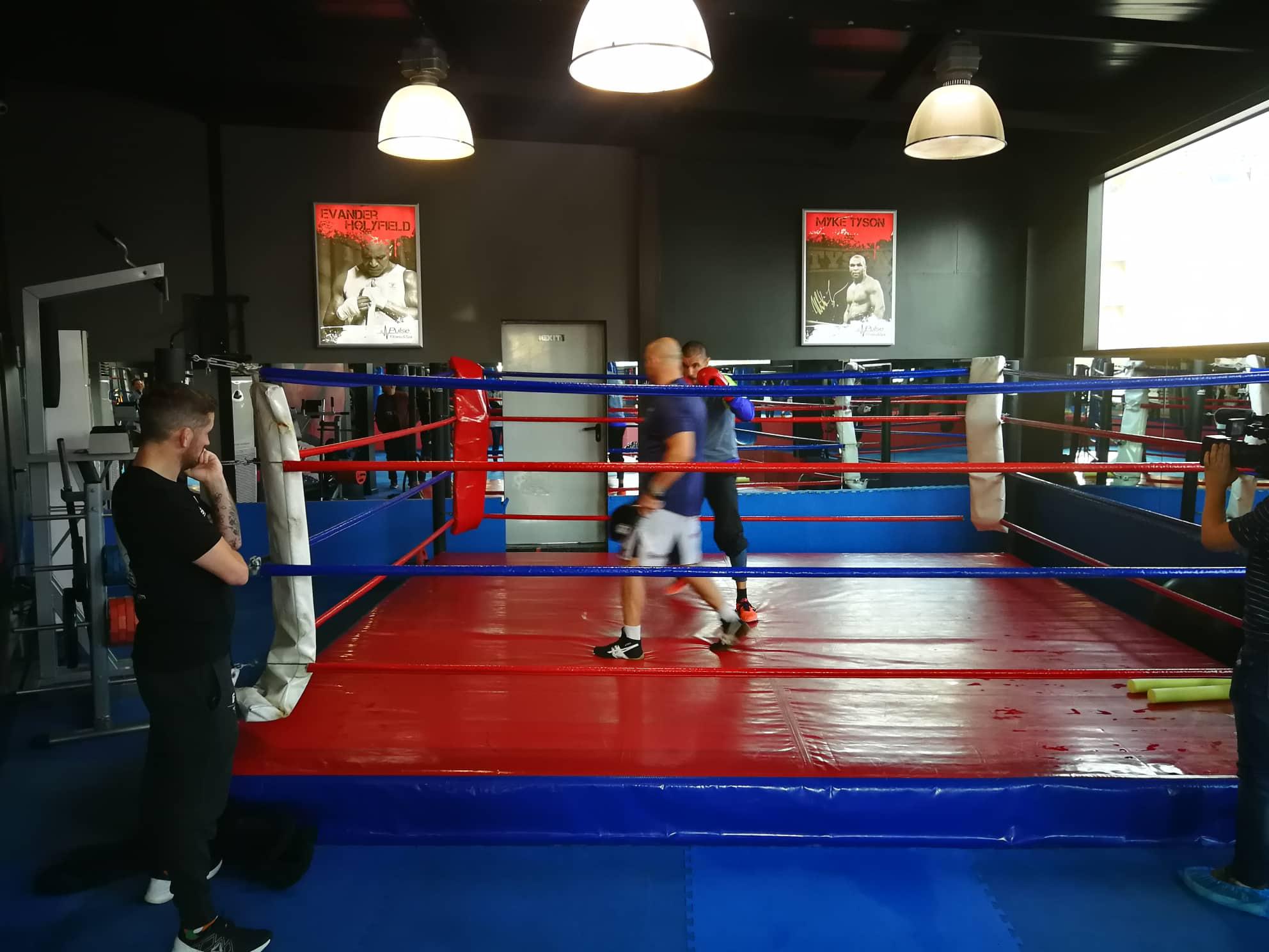 Джон Кавана вече е в България и тренира с Георги Валентинов (ВИДЕО)