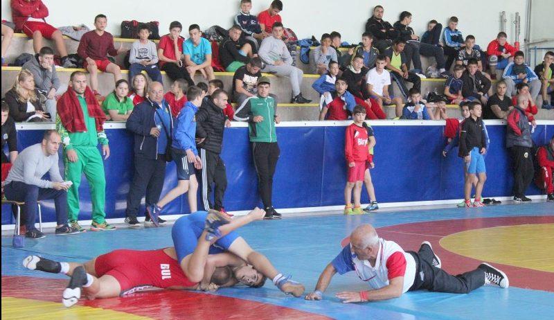 Международен турнир по свободна борба ще се проведе в Разград