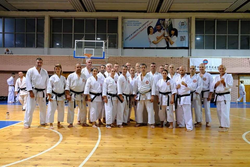 Японски карате майстор събра над 150 бойци на семинар у нас