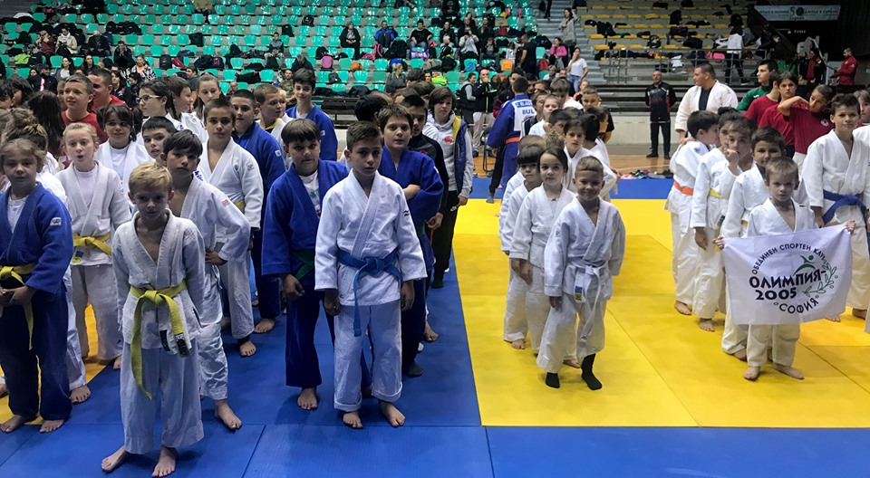СК Илинден първи на турнир по джудо в Перник (СНИМКИ)