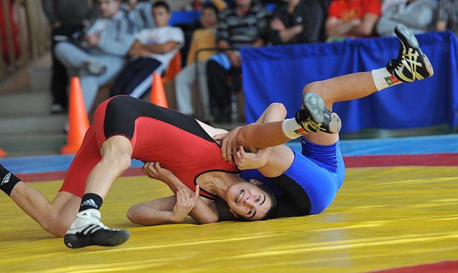 Сливен приема държавното първенство по борба за юноши и девойки