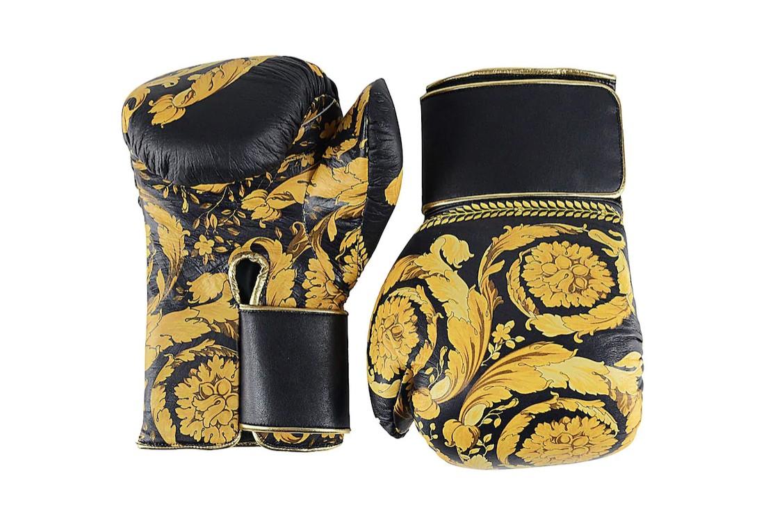 """3000 долара за боксови ръкавици от """"Версаче"""""""