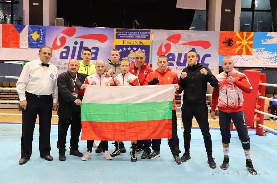 Боксьорите ни с три купи от елитен турнир в Косово