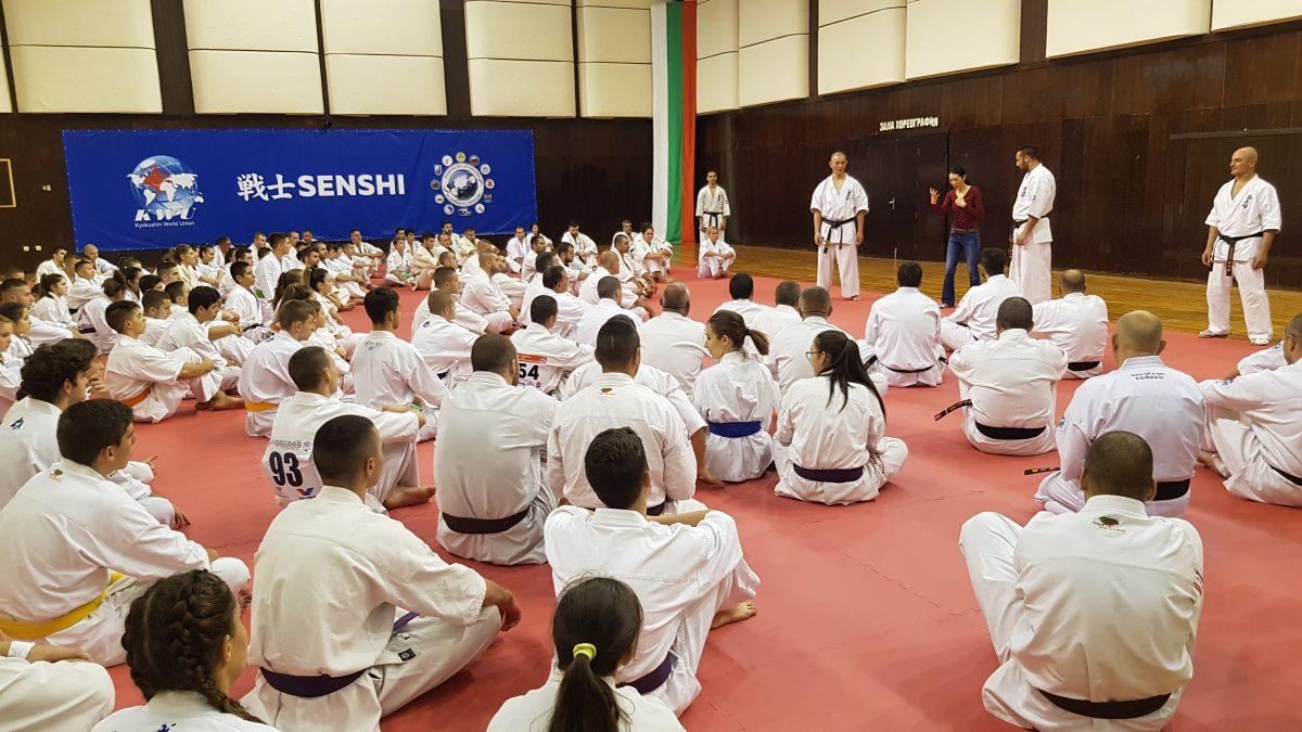 Абсолютни световни шампиони си спретнаха спаринг във Варна (ВИДЕО)