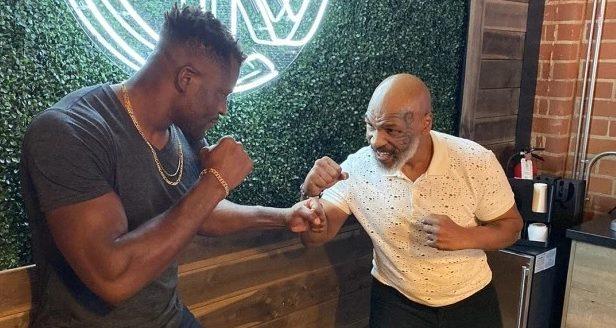 Тайсън ще тренира Нгану за мач срещу Фюри