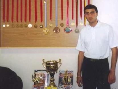 Разстреляха световен шампион (ВИДЕО)