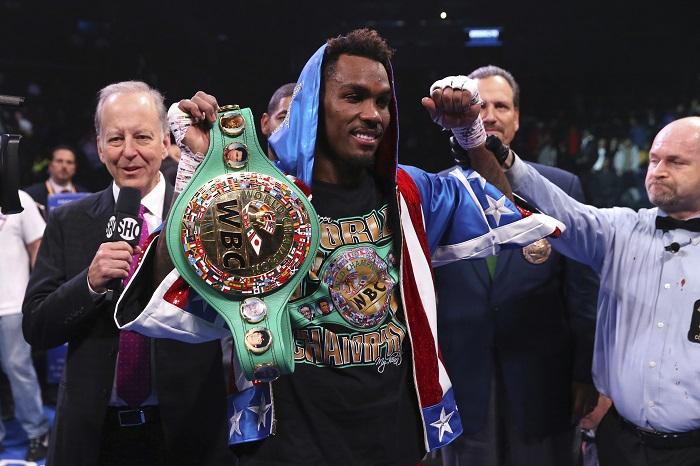Световен шампион настоява да се бие само срещу ваксинирани боксьори