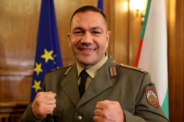 Кубрат Пулев вече е лейтенант (ВИДЕО)