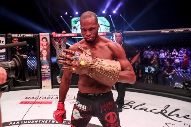 Зрелищният нокаутьор Пейдж излиза срещу ветеран на UFC