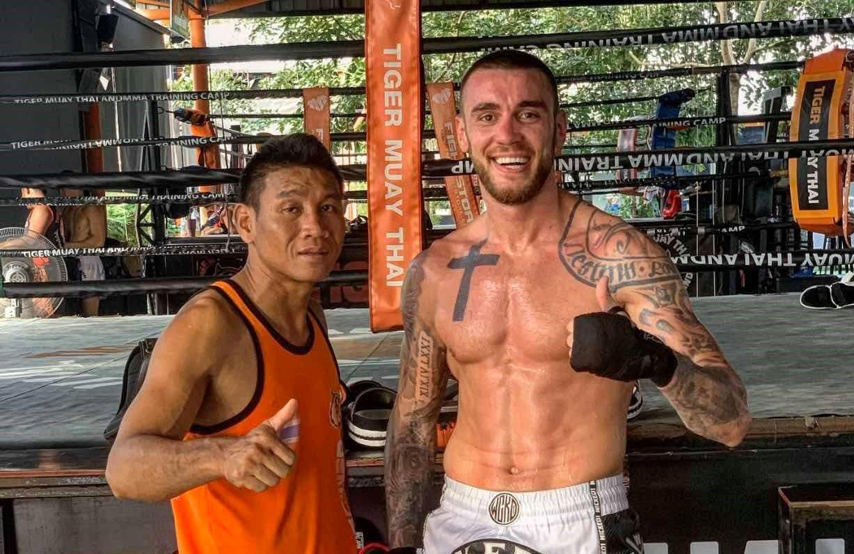 Даниел Илиев тренира усилено в Тайланд (ВИДЕО)