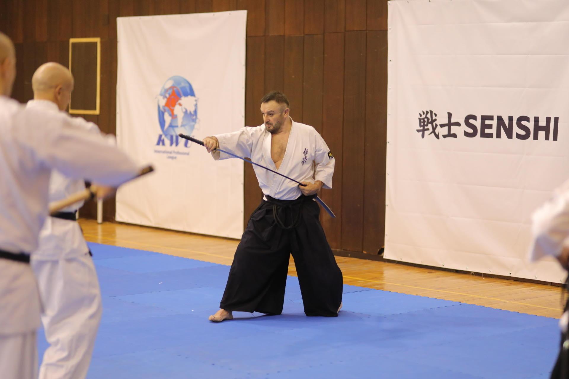 Тренирай киокушин с шихан Асен Асенов (ВИДЕО)