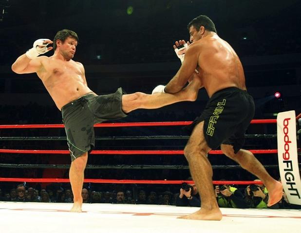 Легендарен ММА боец: Мога да издържа срещу Майк Тайсън