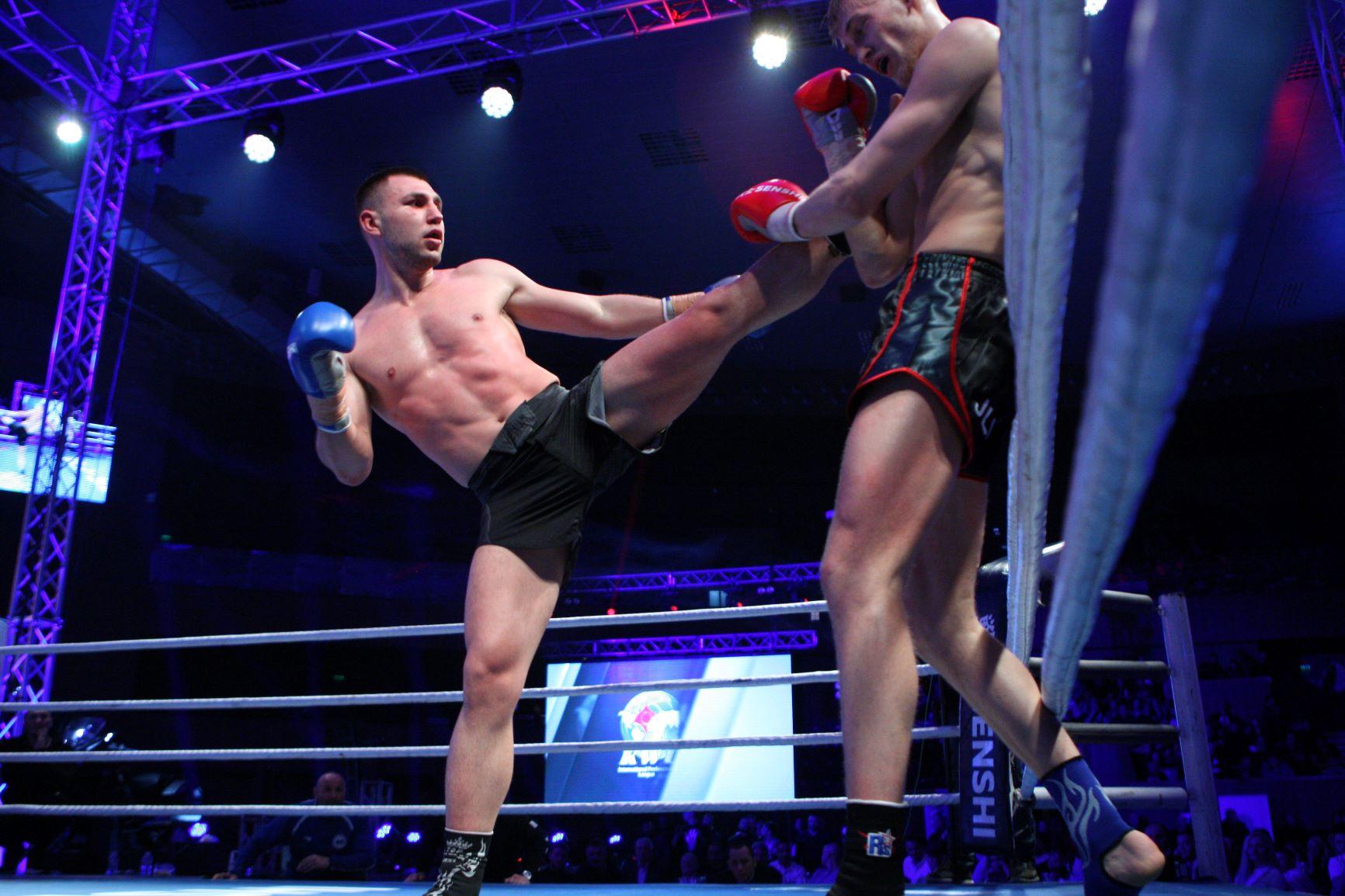 Богдан Шумаров мачка на ринга на SENSHI 5 (ВИДЕО)