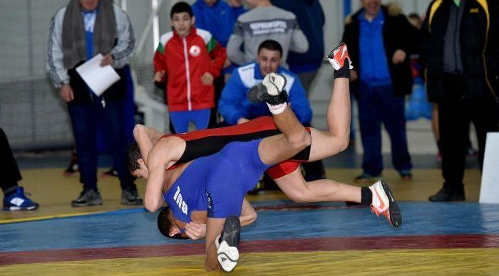 Предлагат онлайн курс за треньорите по борба